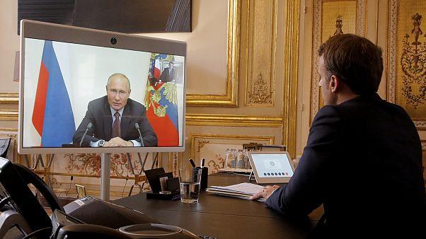 Fransa Cumhurbaşkanı Macron ve Rusya Devlet Başkanı Putin