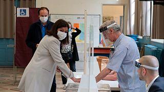 Nem sok jóra számíthat Emmanuel Macron pártja az önkormányzati választások második fordulóján