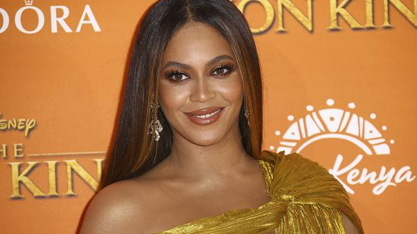 Beyoncé humanitárius díjat kapott