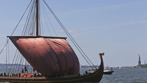 In Norwegen haben die Ausgrabungen eines Wikingerschiffs begonnen
