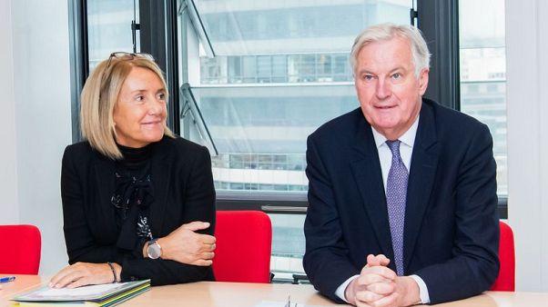 Clara Martinez Alberol ve Michel Barnier.