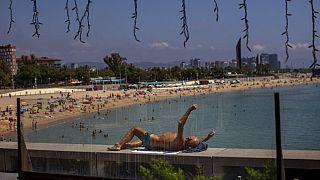 Disfrutando de la playa de Barcelona este lunes