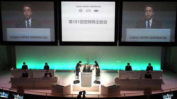 Presidente e gestores de topo da Nissan abdicam de parte do salário