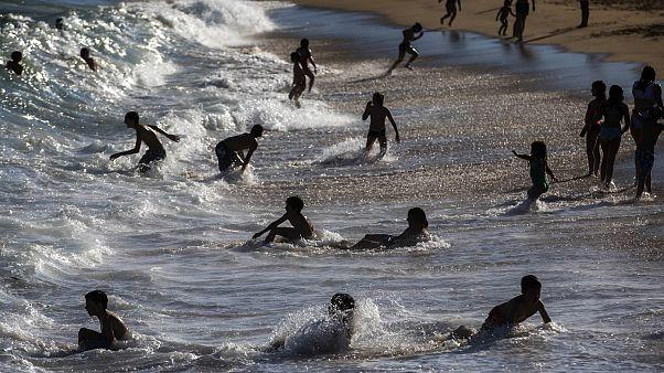 Sensores contra masificaciones en las playas de Barcelona