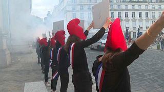 No Comment: családvédők tüntetése azért, hogy másoknak ne lehessen gyerekük