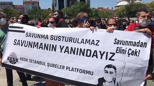 Çağlayan'da İstanbul Barosu'ndan çoklu baro sistemi teklifine karşı eylem: 'Savunma susturulamaz'
