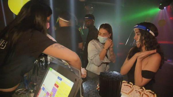 Nachtclub mit Corona-Regeln