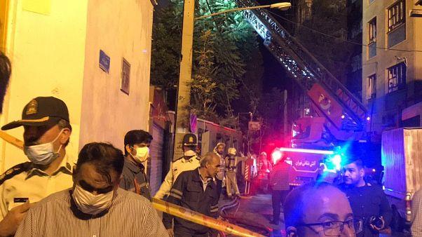 İran'ın başkenti Tahran'daki Şeriati Caddesi'nde bulunan bir klinikte henüz belirlenemeyen bir nedenle meydana gelen patlamada 3 kişi yaralandı