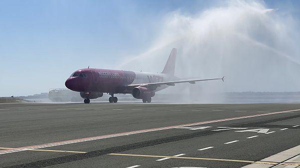 Αεροσκάφος της Wizz Air στο αεροδρόμιο Λάρνακας