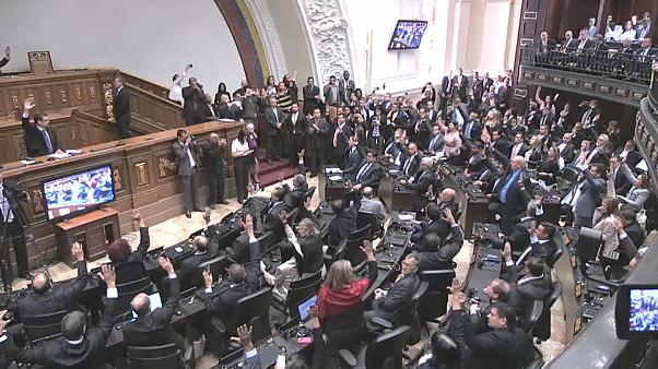 Venezuela elegirá un nuevo Parlamento en diciembre con el boicot de la oposición