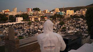 Cemitério municipal de Nova Iguaçu, 30 de junho 2020.