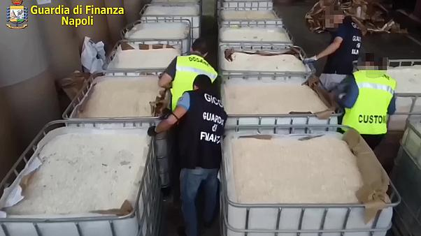 إيطاليا تصادر كمية قياسية تبلغ 14 طنا ً من الأمفيتامين المصنع من قبل داعش في سوريا