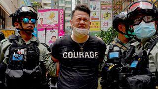 Beigazolódó félelmek: tüntetőt vettek őrizetbe a Hongkong-törvény elfogadása után