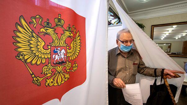 Mi teszi vonzóvá Putyin hatalomban maradását? Népszerű rendelkezések az alkotmánymódosításban