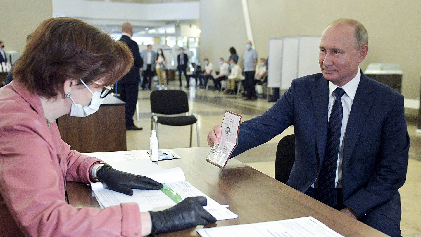 Russia Referendum Vladimir Putin Now Able To Extend His Rule Until 2036 Euronews