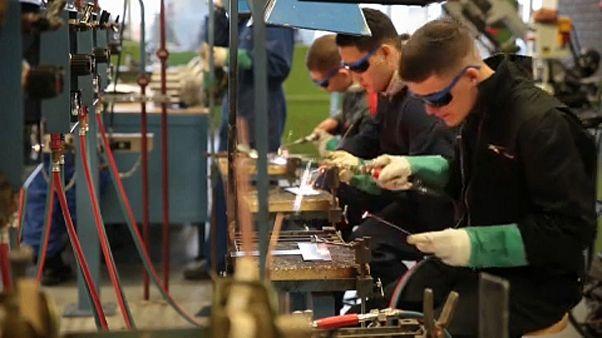 A fiatalok foglalkoztatását segíti az Európai Unió