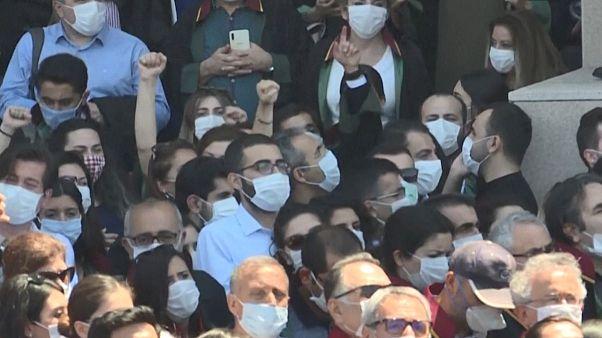 نگرانی وکلای ترکیه  از به خطر افتادن  استقلال کانونهای وکلا