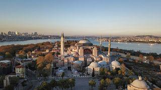 L'ex-basilique Sainte-Sophie à Istanbul : musée ou mosquée?