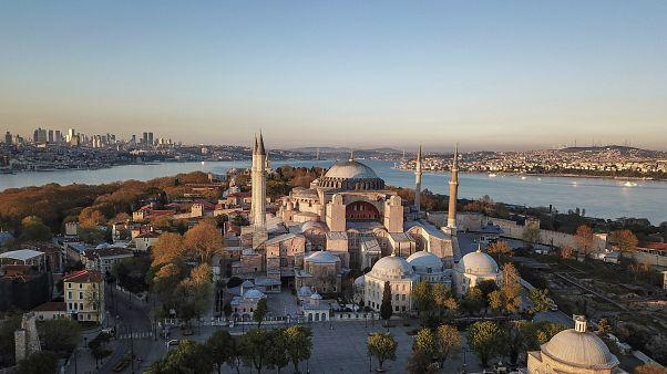 Aplazada la conversión de Santa Sofía en mezquita