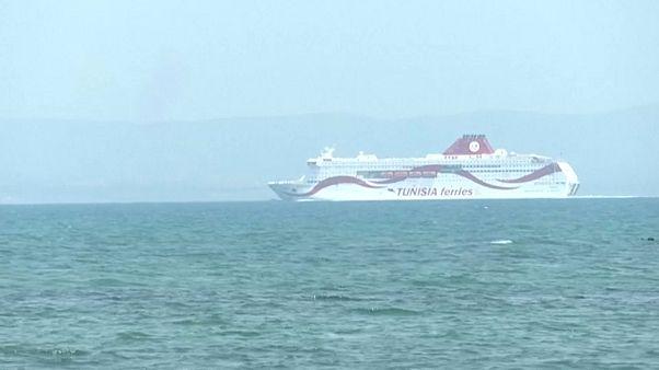 شاهد: باخرة تونسية تبحر دون مسافرين إلى مرسيليا إثر تضارب في إجراءات فتح الحدود