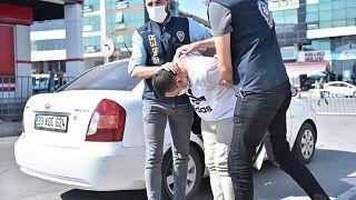Bakan Albayrak'ın eşine hakaret eden zanlı Mersin'de tutuklandı