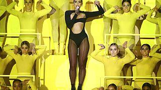 Η τραγουδίστρια Dua Lipa στα European MTV Awards