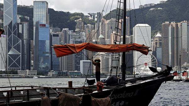 Australia suspends extradition with Hong Kong, offers citizenship options