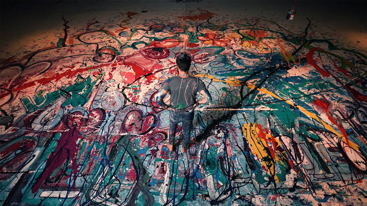 Le défi caritatif surdimensionné de l'artiste Sacha Jafri à Dubaï