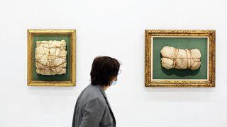 Centre Pompidou: Hommage an Christo mit Maske
