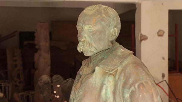 Sénégal : la statue du général Faidherbe fait débat