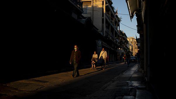 Ελλάδα - COVID-19: 28 νέα κρούσματα σε 24 ώρες - Συνεχίζεται η καραντίνα στην περιοχή της Ξάνθης