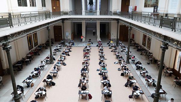 Universidade belga em testes em pleno covid.19