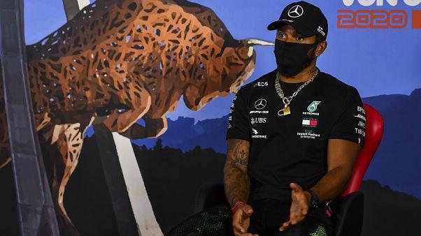 Formel-1-Weltmeister Lewis Hamilton beim Interview in der Steiermark
