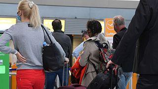 حمایت از حقوق مسافران؛ کمیسیون اروپا از ایتالیا و یونان توضیح خواست