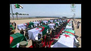 Les restes de 24 combattants rapatriés de France en Algérie