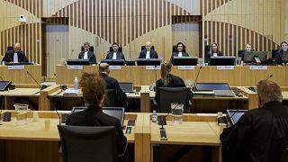 Заседание суда в Схипхоле