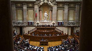 Képviselőket is megfenyegettek portugál rasszisták