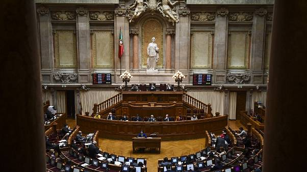 Parlamento aprovou a proposta de orçamento suplementar