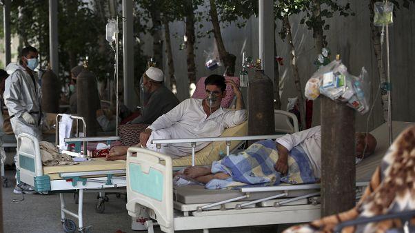 بازگشایی یک کارگاه قدیمی تولید اکسیژن در کابل برای کمک به بیماران کرونا