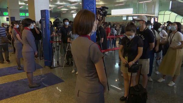 مسافرون في مطار العاصمة التايوانية تايبيه - 2020/07/03