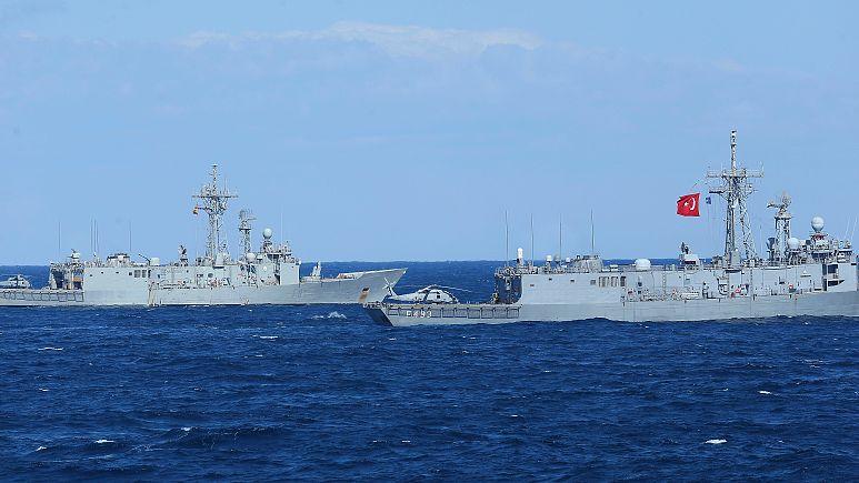 Fransız gemisini taciz iddiasıyla ilgili Akar'dan açıklama: Türkiye, Fransa'dan özür bekliyor