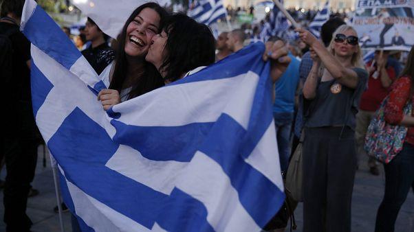 Πανηγυρισμοί των υποστηρικών του όχι μετά το δημοψήφισμα του 2015