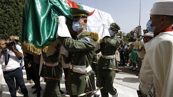 Argélia marca independência com funeral de antigos combatentes