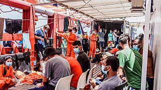 Ocean Viking: Στη Σικελία οι 180 μετανάστες - Θα μπούνε σε καραντίνα 15 ημερών