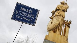 """Un """"decolonial Tour"""" bloqué à Paris dimanche"""