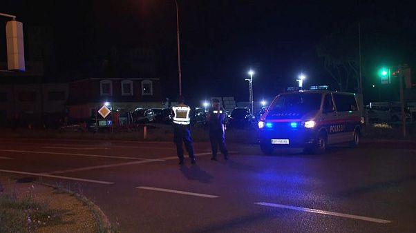 Австрийская полиция на месте убийства