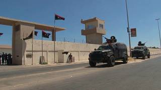 Λιβύη: Επιδρομές «ξένων» αεροσκαφών εναντίον βάσης στρατηγικής σημασίας