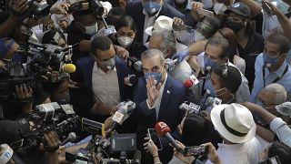 El opositor Luis Abadiner se presentó como candidato del Partido Revolucionario Moderno (PRM)