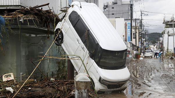 Ιαπωνία: Εικόνες καταστροφής μετά τις φονικές πλημμύρες