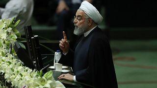İran parlamentosu, Cumhurbaşkanı Ruhani'yi sorgulayacak